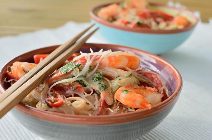Fideos de arroz con langostinos